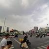 タイの景気悪化で、1,300もの工場が売られたり閉鎖したりやて。