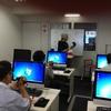 新講座「ゼロから学ぶ映像制作実習講座」の授業風景