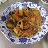 幸運な病のレシピ( 1582 )朝:カボチャとレンコンのひき肉のキンピラ、鮭、塩サバ、鳥手羽、味噌汁、マユのご飯