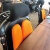 公式サイトやロゴだけでなく、社内の内装にオレンジを採用している理由を、代表の中濱に聞いてみました。