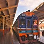 「チェンマイ発 Train No 8 バンコク ファランポーン駅行き」 特急列車 スプリンターに11時間乗車!!