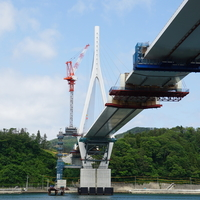 気仙沼湾横断橋、主桁閉合
