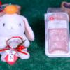 【つぶつぶ苺のもち食感ロール わらび餅仕立て】ローソン 1月7日(火)新発売、コンビニ スイーツ 食べてみた!【感想】