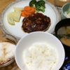 楽々!カップ麺・ふんわり柔らか豆腐ハンバーグ・ほうれん草と豚肉と卵の炒め物