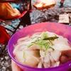 キャンプ男子メシ部(夜ご飯) 鶏肉のうどんすき 寒い夜はショウガ多めで