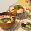 イクラたっぷりのはらこ飯と、とろとろ里芋の山形芋煮  @家ごはん