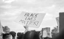 BLMがリーダー不在なのはなぜか?ジョージ・フロイド事件と新型コロナで活発化した運動を徹底解説