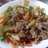 幸運な病のレシピ( 983 )夜:牛の五目炒め(タケノコ、イトコン、人参、ピーマン)、豆腐の卵とじ、汁の仕立て直し