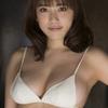 都丸紗也華【B88 Fカップ 規格外ボディーグラドルの水着画像】(24)