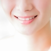【ホワイトニング】毎日の歯磨きを侮るなかれ!色素沈着のない白い歯に。