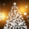 こんなクリスマスツリーあり?壁に布を掛ければクリスマス。
