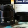 【カメラ】 単焦点レンズ シグマ30mmF2.8DN