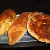 スーパーの中にあるベーカリーのパン。