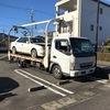 焼津市の店舗駐車場から放置車両をレッカー車で廃車の引き取り撤去しました。