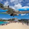 セント・マーティン島–危険に着陸するプリンセス・ジュリアナ空港の飛行機と真帆ビーチ