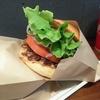 居酒屋の締めに、何を食べる?――ラーメンを欲する体と、ハンバーガーという選択肢