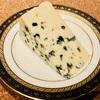 ロックフォールの特徴、食べ方、種類|世界を代表するフランスの青カビチーズ