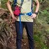 登山用にパタゴニアのTシャツとアークテリクスのロングパンツを購入した