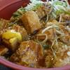 すき家本格中華「豚角煮丼」
