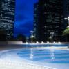 京王プラザホテル 新宿 ナイトプールを楽しめる 入場料金が他のホテルに比べてお得!!