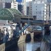 電車が立体的に交差する風景『御茶ノ水 聖橋』
