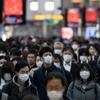 (海外の反応) 聖火リレーが目と鼻の先に迫っているのに…日本人の49%が「取り消しか延期すべき