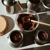 ダルゴナコーヒーとは?飲み方は?ココアや抹茶でもつくれる?