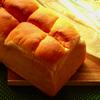 パコラの山食「天然酵母食パン」を購入。生のままとトーストで食べた感想を書いています