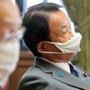 新型コロナウィルス/麻生副総理のマスク「いつまで?」