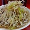 ダイエット中に二郎を食いたいワガママさん!麺少なめヤサイ多めでどうぞ!