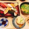 お寿司ランチとカラオケ4時間歌い続ける。