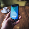 『Twitter』の『スタンプ、ステッカー』の使い方!【消す、外す方法、イラスト、画像、加工】