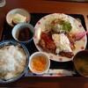 石川県白山市鹿島町にあるカフェ、あんず乃森でコスパ最高の日替わりランチ。