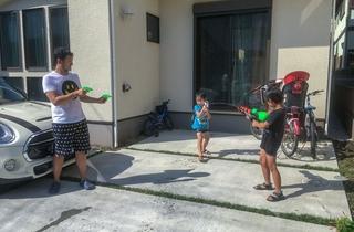5人の子どもを持つリモートワーカーが、家事・育児・仕事をストレスなくこなすために工夫していること