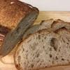 ふわふわ高級食パンが人気だけれど、ハード系に偏る我が家のパン事情。