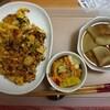 キムチチャーハン、大根煮、パプリカのマリネ