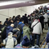 ■札幌、絶望のドカ雪クリスマス!イルミネーションが雪に埋もれ、6000人が新千歳空港で夜を明かし、JRホームから人があふれる!