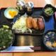 羽田から1時間の八丈島空港、空港レストラン「アカコッコ」で「とび魚3兄弟」定食など