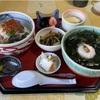 うみねこ亭のホッキ丼とミニ海藻ラーメン