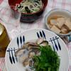 夕食:酢の物、大根、こうや豆腐の煮物