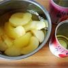 フルーツ缶詰で作る、桃とりんごのミルクプリン