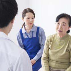 母の物忘れがひどくなってきたので認知症が心配です。病院で診てもらう予定ですが、どのような種類の診断テストを受けるのでしょうか?
