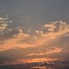 散文夢想「気持ちをリセットしたい時。夕焼けに染まる西空は梅雨の晴れ間の贈り物」。