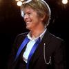 海外旅行:飛行機の中で時間潰しに聞きたい曲(3)David Bowie - Heroes