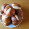 山盛りプレッツェルパン