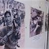 カンボジア・ラオスの旅 [6] / カンボジア戦争博物館 / 武器を持つ子ども達 × 1歩先に地雷 × 強く笑う明日