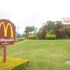 マクドナルド日本は 店内飲食中止に留まる ・・【ハワイ  シンガポールの McDonald'sは?】