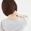 【首こりや猫背対策に!】胸鎖乳突筋をほぐす方法について