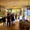 洞窟のクリスマスマーケット in オランダ・ファルケンブルグ