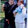 カメラストラップは「首に巻くものです!」皆さん、これが正しいのです。サクラ カメラ スリングの紹介です。28日の夕刊フジにも掲載されました